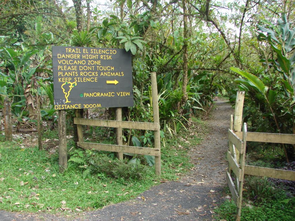 Arenal Volcano Hiking Tour