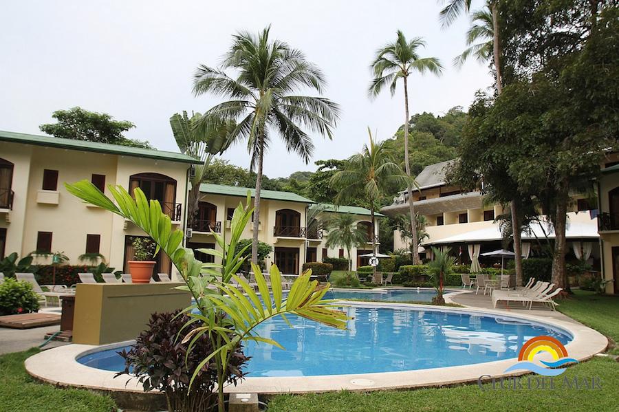 Club Del Mar Hotel Resort