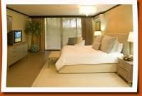 Flamingo Honeymoon Suite